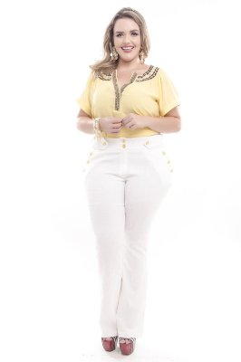 Calça Plus Size Flare Branca