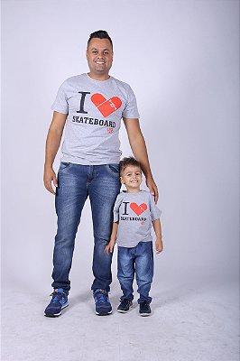 PAI E FILHO >  02 Camisetas I Love Skate [Coleção Tal Pai Tal Filho]