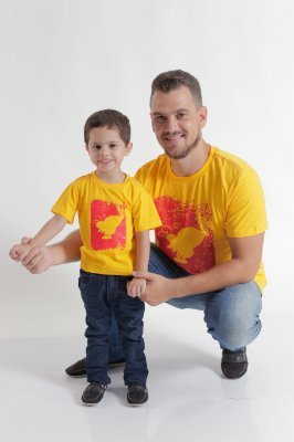 PAI E FILHO > Kit 02 Camisetas Amarelas Estampadas [Coleção Tal Pai Tal Filho]