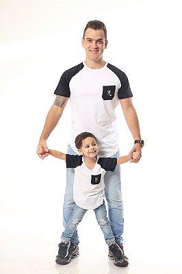 PAI E FILHO > Kit 02 Camisetas Brancas Com Mangas e Bolso Pretos Raglan Long [Coleção Tal Pai Tal Filho]