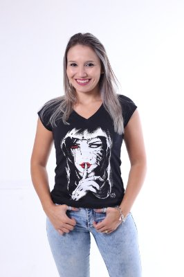 Camiseta Feminina Preta - Silêncio