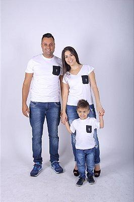 PAIS E FILHOS > Kit 3 peças Camisetas Brancas com Bolso Preto [Coleção Família]