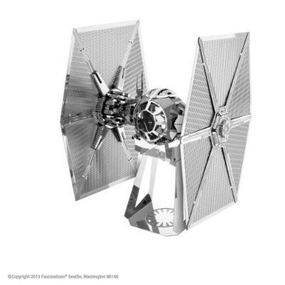 Mini Réplica de Montar STAR WARS Special Forces TIE Fighter