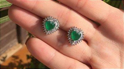 Brinco coração esmeralda luxo