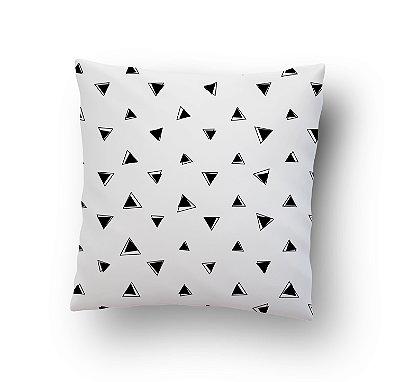 Triângulos Pretos