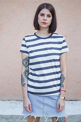 Camiseta Feminina Listrada Jasmin