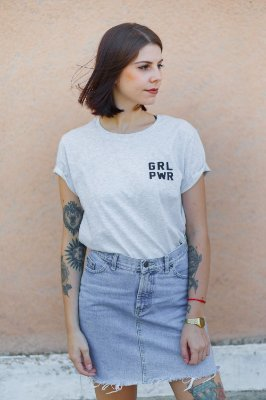 Camiseta Feminina GRL PWR Mescla Minimalista