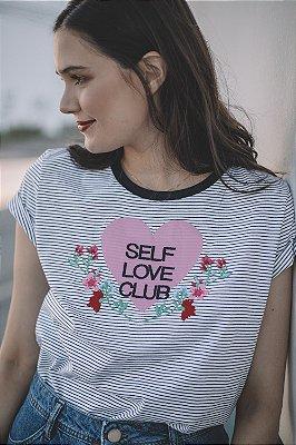 Camiseta Feminina AMOR PRÓPRIO Bordada e Listrada