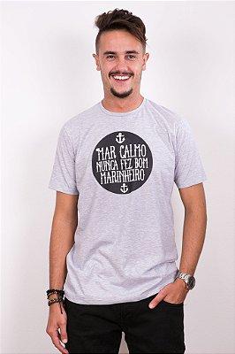 Camiseta Masculina Mar Calmo