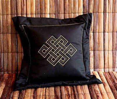 Almofada com Símbolo Budista Nó Infinito
