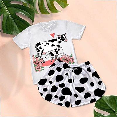 Conjuntinho Pijama Shorts e Camiseta Vaca Bezerro