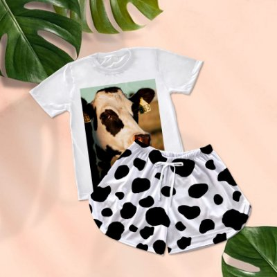 Conjuntinho Pijama Shorts e Camiseta Vaca Brinco