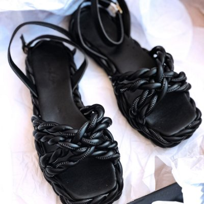 Sandália All Black Trança