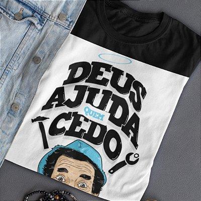 Camiseta Deus ajuda