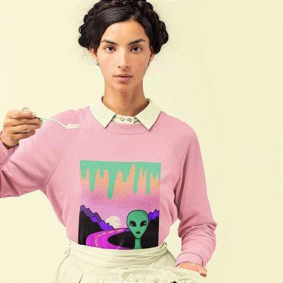 Moletom Peluciado Alien Rosa ( Estampa exclusiva, feita a mão)
