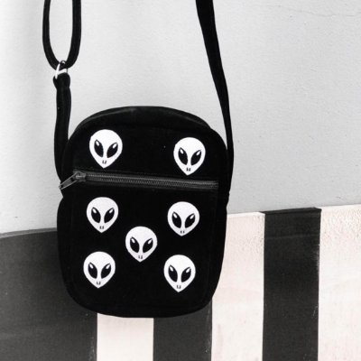 Bolsa Shoulder Bag Aliens