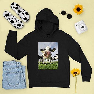 Combo Moletom Preto Capuz + Chinelo: Vaca Língua