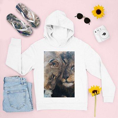 Combo Moletom Branco Capuz + Chinelo: Leões