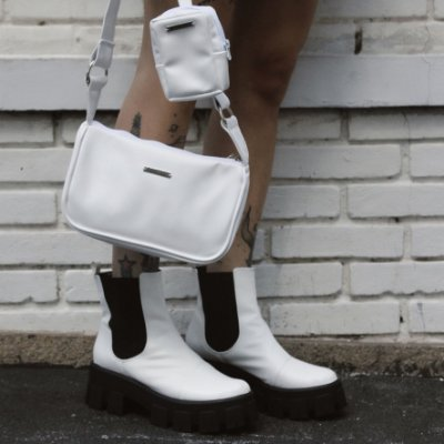 Combo Bolsa Baguete Branco  + Coturno Tratorado