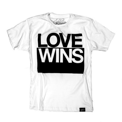 CAMISETA MASCULINA LOVE WINS