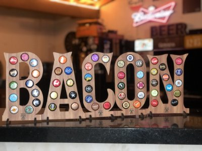 Quadro Porta-Tampinhas Alfabeto Wood - Kit 5 letras