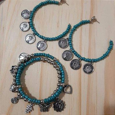 Conjunto brinco argola e pulseira turquesa com pingentes