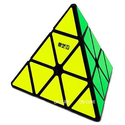 Cubo Mágico Pyraminx Qiyi MS Preto - Magnético