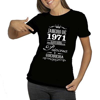 Camiseta Preta com Frase Princesa e Guerreira