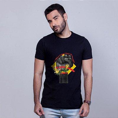 Camiseta Coragem Preta Umazarte