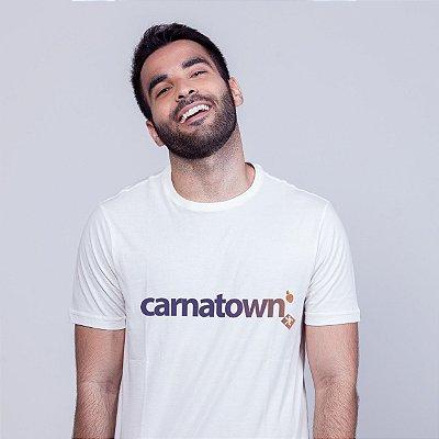 Camiseta Carnatown Branca Batendo Perna