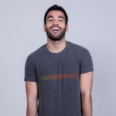 Camiseta Estonada Carnatown Chumbo Batendo Perna