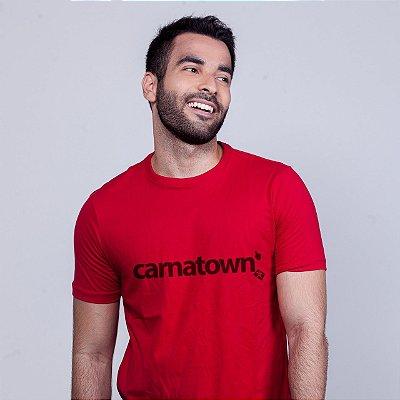 Camiseta Carnatown Vermelha Batendo Perna
