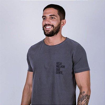 Camiseta A Fio Estonada Gela melhor que gente Chumbo