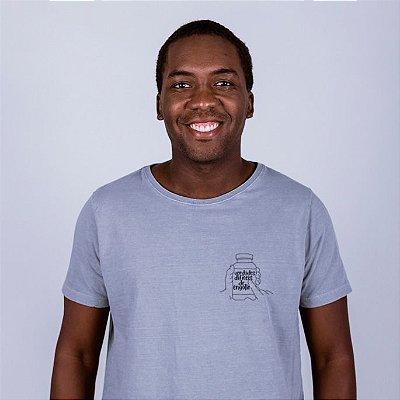 Camiseta Estonada  Figurinha Verdades Difíceis Cinza