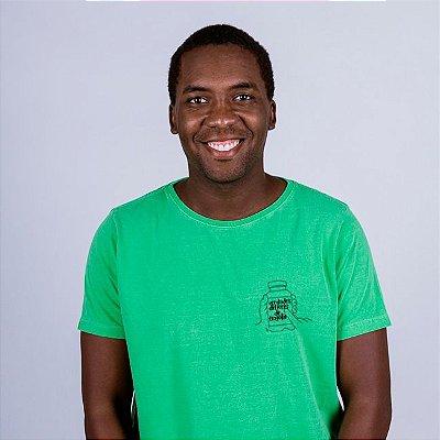Camiseta Estonada Figurinha Verdade difíceis Verde