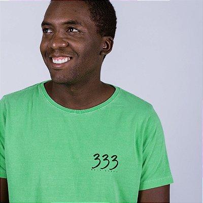 Camiseta Estonada 333 Meio-Besta Verde