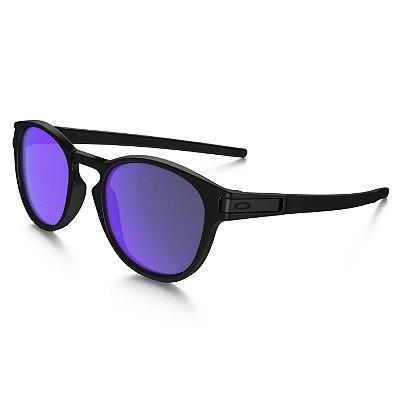 Óculos de Sol Oakley Latch Matte Black W/ Violet Iridium