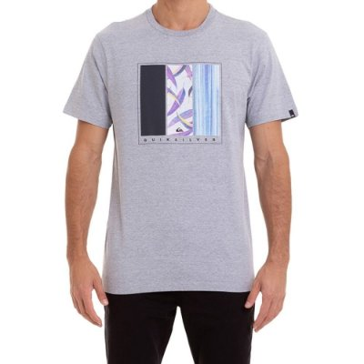 Camiseta Quiksilver Jungle Options Masculina Cinza