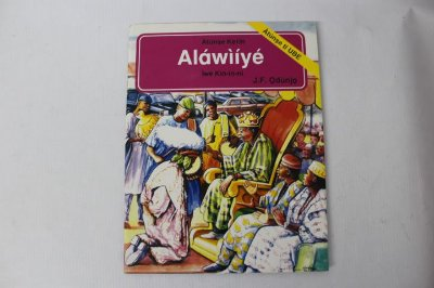Livro Aláwìíyé Ìwé Kìn-ín-ní