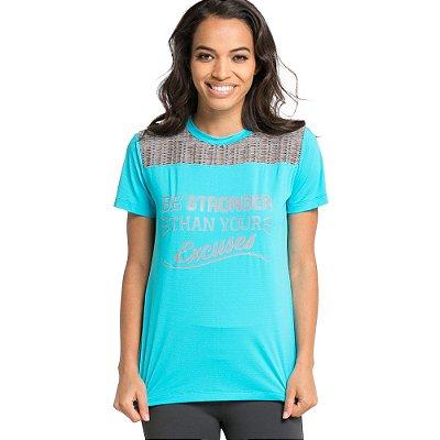 Camiseta Be Stronger com detalhes em Tela Mescla