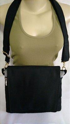 Bolsa tiracolo preta listrada