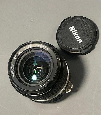Objetiva Nikon Lente de Foco Manual Grande Angular 28mm f/2.8 AI-S - USADA