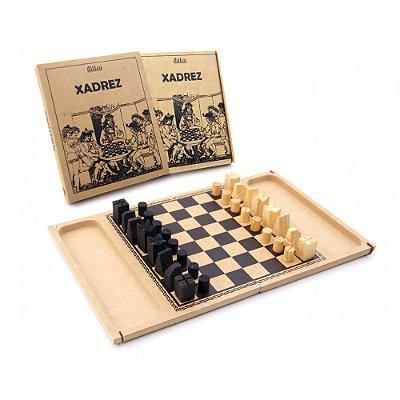 Xadrez - Jogo de Tabuleiro em Madeira - RR005002