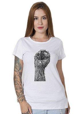 Camiseta Feminina Punho Negro
