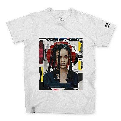 Camiseta Masculina Rihanna Collage Art