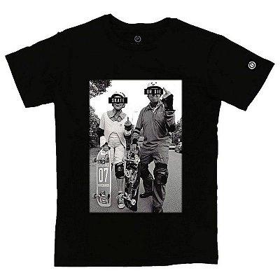 Camiseta Masculina Skate or Die