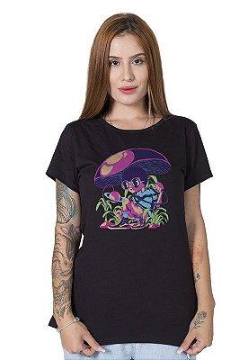 Camiseta Feminina Spacey Forest