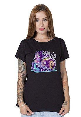 Camiseta Feminina Weirdo Rick and Morty
