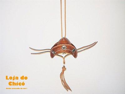 Chapéu de couro cangaceiro (marrom) - Enfeite para retrovisor interno