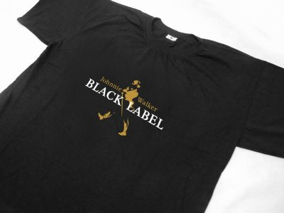 FR104 - Camiseta - Estampa Johnnie Walker Black